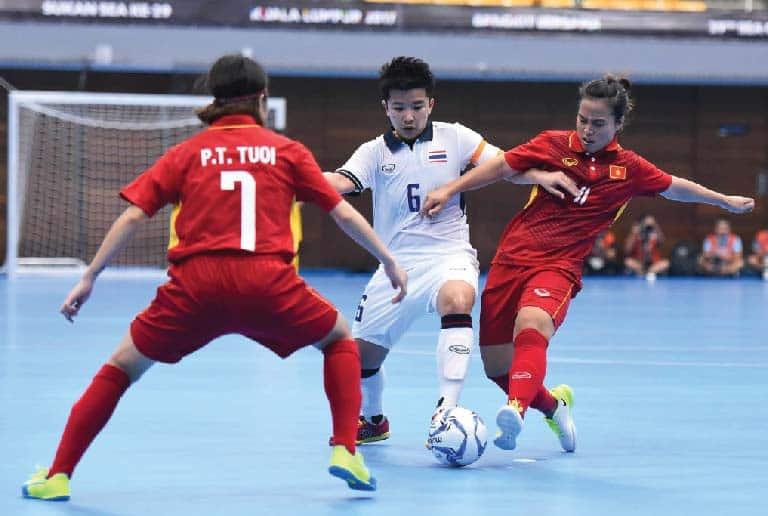 สุดเก่ง! ทีมโต๊ะเล็กสาวไทย ถล่มเวียดนาม 3-1
