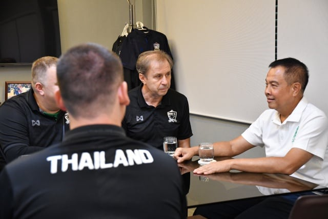 มันต้องยุโรป! ราเยวัชชงสมาคมฟุตบอลฯให้ทัพช้างศึกอุ่นทีมยุโรป